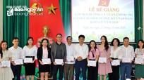 Đảng ủy Khối CCQ tỉnh bế giảng lớp bồi dưỡng lý luận chính trị dành cho đối tượng kết nạp Đảng