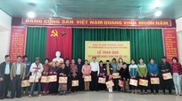 Ủy ban Kiểm tra Tỉnh ủy trao quà Tết cho người nghèo ở Con Cuông