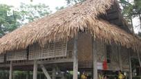 Trưng bày di tích nhà cụ Vi Văn Khang tạo điểm nhấn phát triển du lịch miền Tây