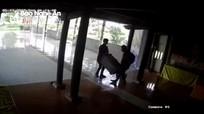 Nghệ An: Trộm ngang nhiên vào chùa khênh hòm công đức