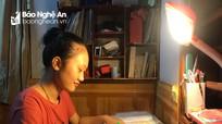Nghị lực vượt khó của nữ sinh mồ côi có điểm thi khối C cao nhất huyện Nghĩa Đàn