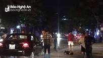 Ô tô va chạm với xe máy điện trong đêm, 2 học sinh bị thương nặng