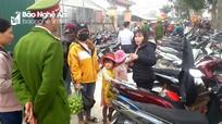 Nghệ An: Đi chợ quê ngày Tết bị trộm lấy cả trăm triệu đồng