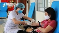 Hơn 150 người đi xét nghiệm để hiến máu giúp Đại úy công an Nghệ An bị ung thư