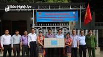 Tổng Công ty Phát điện 1 - Công ty Thủy điện Bản Vẽ tặng nhà tình nghĩa, nhà ở nội trú cho học sinh tại Tương Dương