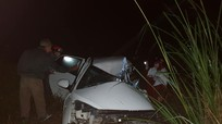 Nghệ An: Va chạm giữa 2 xe ô tô, tài xế xe con tử vong tại chỗ