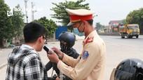 Nghệ An: 3 ngày nghỉ Tết Dương lịch, xử phạt 26 người uống rượu vẫn lái xe