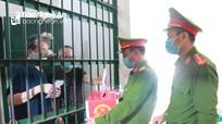 Những cử tri đặc biệt đi bỏ phiếu tại Trại tạm giam Công an tỉnh Nghệ An