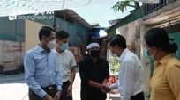 Lãnh đạo tỉnh thăm, động viên gia đình nạn nhân trong vụ cháy ở TP.Vinh