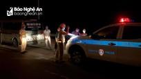Nghệ An: Phát hiện trường hợp lợi dụng xe cứu thương để vận chuyển khách mùa dịch