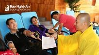 Hơn 180 phật tử chùa Cổ Am tham gia hiến máu tình nguyện