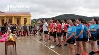 Giáo xứ Lộc Mỹ tổ chức giao lưu bóng chuyền chào mừng ngày Quốc tế Phụ nữ