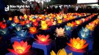 Lung linh đêm hoa đăng cầu Quốc thái dân an tại chùa Gám