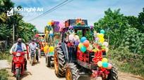 Độc đáo màn rước dâu bằng 4 máy cày kéo xe bò ở Nghệ An
