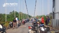 Nghệ An: Nghi vấn cô gái trẻ bỏ lại xe đạp cũ trên cầu, gieo mình xuống sông Lam