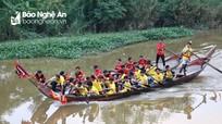 Hấp dẫn màn đua thuyền trên sông Mộc trước Đền Hoàng Mười