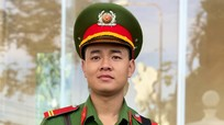 Đam mê học tập của chiến sĩ công an quê Nghệ đạt điểm cao nhất khối C03 toàn quốc