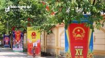 Nghệ An: Làng quê, phố huyện rực rỡ cờ hoa đón chào ngày hội non sông