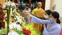 Đại lễ Phật đản ở Nghệ An diễn ra trang trọng, thực hiện nghiêm các biện pháp phòng dịch