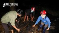 Chung tay giúp đỡ gia đình neo đơn khắc phục hậu quả hỏa hoạn