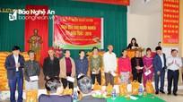 Quỹ từ thiện Nhân duyên tặng 363 suất quà cho người nghèo Đô Lương