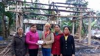 Gần 50 triệu đồng hỗ trợ gia đình bị cháy nhà ở Quỳ Hợp