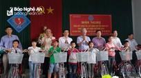 Diễn Châu: Trao 254 xe đạp cho người khuyết tật và trẻ mồ côi