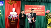 Trao quyết định bổ nhiệm Giám đốc Bệnh viện Y học Cổ truyền Nghệ An