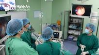 Bệnh viện ĐKTP Vinh hoàn thành chuyển giao kỹ thuật tán sỏi thận qua da bằng đường hầm nhỏ