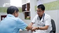 Chuyên gia đầu ngành cơ xương khớp chuyển giao kỹ thuật chuyên sâu tại Bệnh viện ĐK Cửa Đông