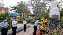 Dâng hương tưởng niệm 230 năm ngày mất của Đại danh y Hải Thượng Lãn Ông Lê Hữu Trác