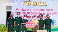 Bộ CHQS tỉnh Nghệ An tặng quà lực lượng phòng, chống dịch Covid-19 ở Tương Dương