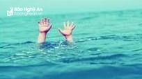 Bé trai 2 tuổi bị nước cuốn trôi ở Thanh Chương