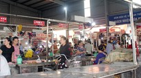 Nghệ An: Thịt bò ế ẩm, nhiều tiểu thương 'treo quầy' nghỉ chợ