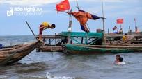 Bình yên làng chài ở Quỳnh Lập
