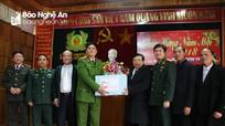 Chủ tịch UBND tỉnh thăm, chúc Tết đồng bào, chiến sỹ huyện biên giới Kỳ Sơn