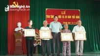 Các địa phương trao tặng Huy hiệu đảng cho đảng viên các thời kỳ