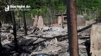 Lửa thiêu rụi một nhà dân bản vùng cao Nghệ An nghi do chập điện