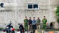 Nhóm thanh niên từ Thanh Hóa vào Nghệ An dùng súng điện câu trộm chó