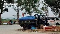 Va chạm với xe tải chở vật liệu, 2 nữ sinh thương vong