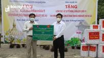 Tỉnh Nghệ An trao tặng thiết bị vật tư y tế cho tỉnh Hủa Phăn (Lào)