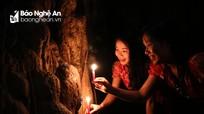 Khám phá bí ẩn hang động bên rừng săng lẻ lớn nhất miền Tây xứ Nghệ