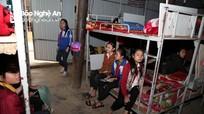 Gần 200 em học sinh huyện miền núi chen chúc trong 3 phòng nội trú