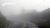 Thời tiết 3/12: Trung bộ có sương mù, cảnh giác lốc sét trong cơn dông
