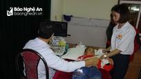 Gần 1.000 trẻ em được khám sàng lọc tim bẩm sinh miễn phí