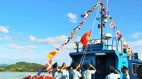 Lễ thượng cờ tàu HQ tại Cảng Bến Thủy