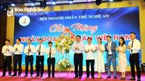 Chủ tịch UBND tỉnh: Luôn đồng hành và hỗ trợ cộng đồng doanh nghiệp trẻ phát triển