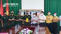 Trưởng ban Dân vận Tỉnh ủy thăm và tặng quà lực lượng phòng, chống dịch Covid-19