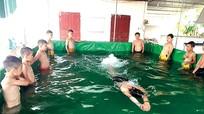 Chỉ 5,3% học sinh tiểu học Nghệ An được học bơi