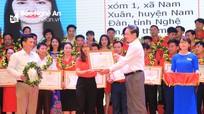 Tôn vinh 50 tập thể và cá nhân trong Phong trào Hiến máu tình nguyện